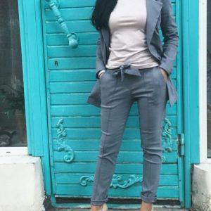заказать женский деловой костюм из джинса