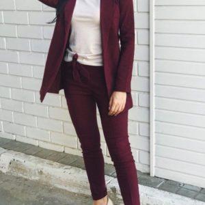 купить бордовый женский деловой костюм из джинса оптом