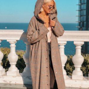 купить женское Пальто в клетку на кнопках с капюшоном