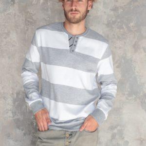 мужской свитер большого размера белый с серым стоимость в Одессе