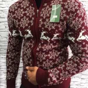 заказать мужской свитер с оленями на змейке бордовый оптом