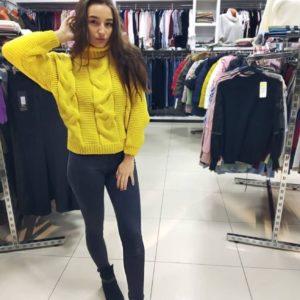 Приобрести желтый женский вязаный зимний свитер