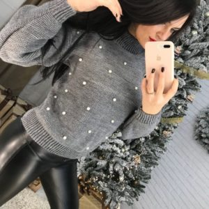 Купить серый женский свитер теплый оптом
