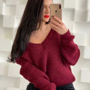 Купить вязаный свитер с мысиком марсалового цвета для женщин