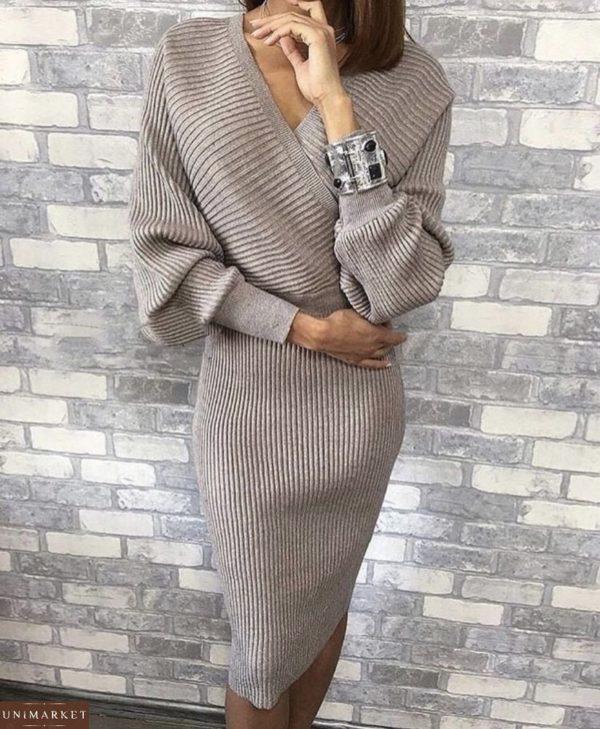 Купить женский вязаный костюм с юбкой серого цвета