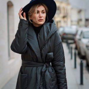 Женская черная куртка из плащевки купить недорого