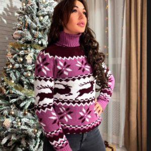Купить женский свитер с оленями теплый розового цвета оптом Украина