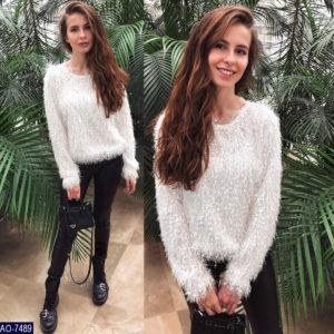 Заказать женский пушистый свитер травка белого цвета