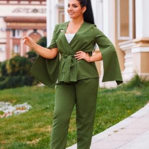 Приобрести женский костюм двойку большых размеров зеленого цвета дешево