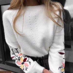 Заказать женский свитер плотной вязки белого цвета недорого