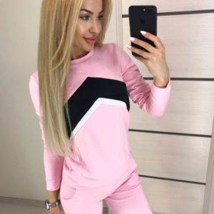 Купить женский спортивный костюм стрелку больших размеров розового цвета дешево