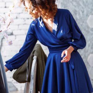Заказать женское шелковое платье цвета сливы оптом Украина