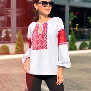 Купить недорого женскую блузку с кружевными вставками в подарок