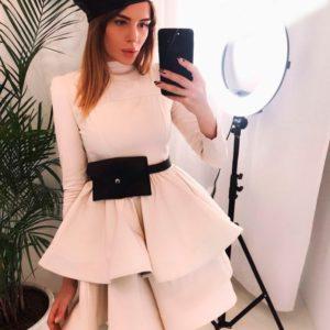 Заказать женское бежевое платье на регелине юбку в подарок недорого