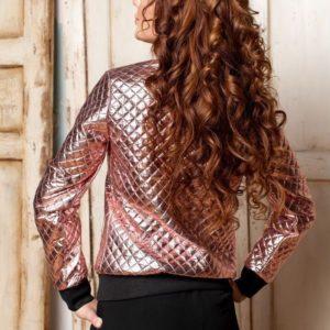 Заказать женскую куртку из эко кожи на кнопках золотого цвета в подарок
