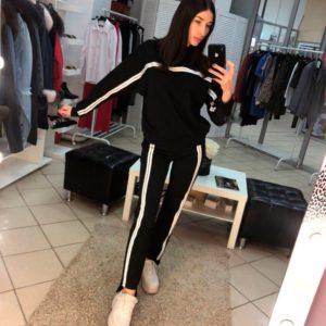 Заказать недорого женский прогулочный костюм с белыми лампасами из турецкой двухнити черного цвета в подарок