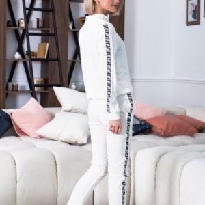 Заказать женский костюм спортивный fendi с лампасами молочного цвета в подарок
