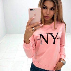 Купить дешево женский с принтом свитшот New York цвета пудры оптом Украина