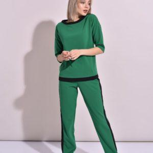 Приобрести женский спортивный костюм зеленого цвета больших размеров с контрастной отделкой из креп дайвинга оптом Украина