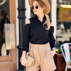 Купить дешево женскую рубашку с открытыми плечами из хлопка черного цвета в подарок