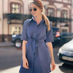 Купить женское платье - рубашка с поясом на талии из поликоттона большого размера цвета джинс дешево