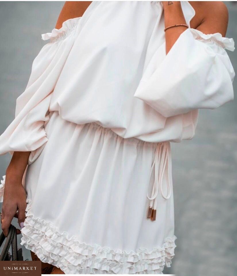b675fdbfaf9c6d Замовити недорого сукня жіноча з міні рюшами білого кольору і відкритими  плечима в подарунок