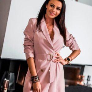Заказать недорого платье женское - пиджак на запах и пуговицами с поясом цвета пудры в подарок