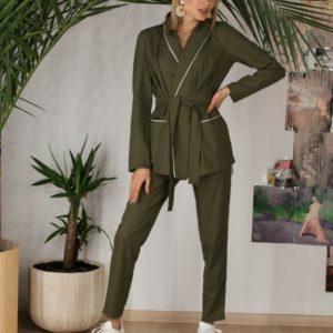 Купить в интернет-магазине женский костюм из натурального льна недорого с поясом цвета хаки больших размеров