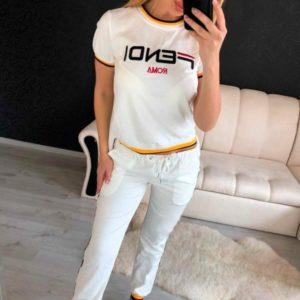 Заказать в подарок женский хлопковый костюм: штаны и футболка белого цвета недорого