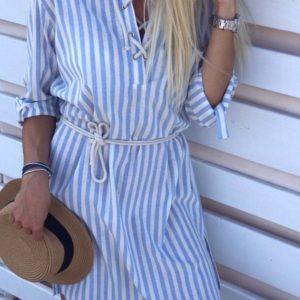 Приобрести дешево женское льняное платье летнее с шнуровкой спереди и поясом голубого цвета оптом Украина