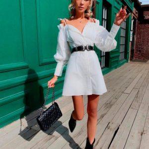 Заказать в подарок женское платье из костюмной ткани со спущенными плечами и рукавами обьемными белого цвета недорого