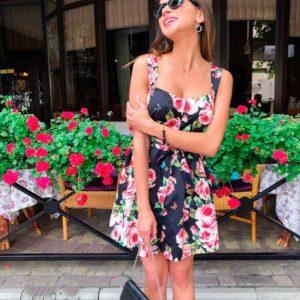Купить недорого женское летнее с розами платье из коттон - атласа черного цвета в подарок