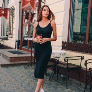 Заказать недорого женское летнее платье лапша из трикотажа черного цвета в подарок
