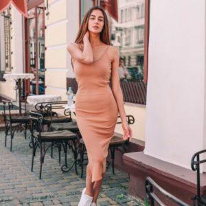 Приобрести дешево женское платье летнее лапша персикового цвета из трикотажа оптом Украина