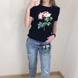Приобрести дешево костюм женский: футболка + джинсы с принтом из коттона черный верх оптом Украина