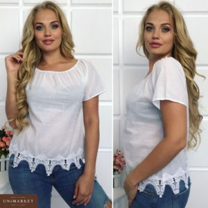 Приобрести дешево женскую футболку-батист на резинке с кружевом дорогим белого цвета больших размеров оптом Украина