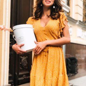 Заказать недорого женское платье в мелкий горох из штапеля горчичного цвета в подарок