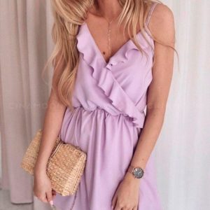 Заказать оптом женское летнее платье из супер софта на бретельках с имитацией на запах сиреневого цвета дешево