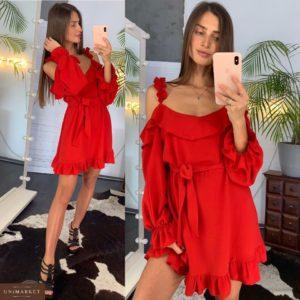 Приобрести дешево женское платье с плечами открытыми из шифона креп с поясом красного цвета оптом Украина