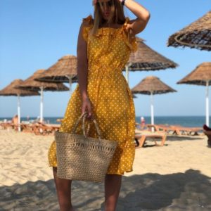 Заказать в подарок женское платье - миди на бретельках в горошек горчичного цвета оптом Украина