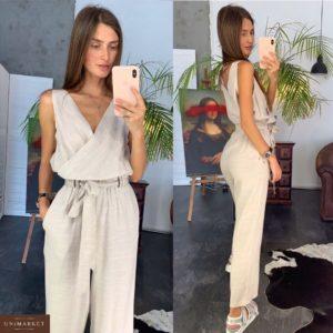 Купить в интернет-магазине женский летний из льна комбинезон с поясом бежевого цвета недорого