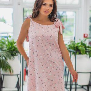 Купить недорого женское платье с мелким принтом на завязках цвета пудры больших размеров в подарок