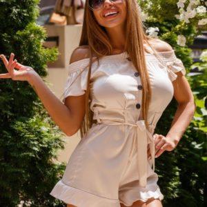 Заказать недорого женский комбинезон из шёлка armani с шортами бежевого цвета в подарок
