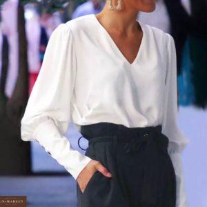 Приобрести дешево женскую из хлопка рубашку с пуговицами на спине и на рукавах цвета белого оптом Украина