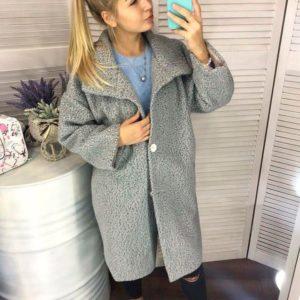 Приобрести дешево женское пальто на подкладке oversize кроя свободного цвета меланж больших размеров недорого