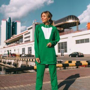 Заказать в интернет-магазине женский спортивный костюм худи с капюшоном цвета зеленого дешево