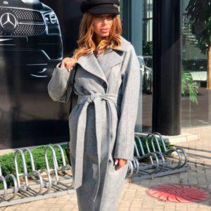 Заказать в подарок женское длинное шерстяное пальто с поясом цвета серого оптом Украина