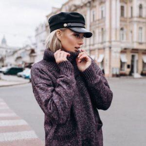 """Приобрести в интернет-магазине женский свитер вязаный """"планета"""" из шерсти цвета винного больших размеров дешево"""