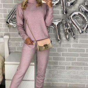 Приобрести в интернет-магазине женский костюм спортивный прогулочный из люрекса цвета пудры дешево