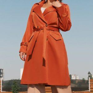 Приобрести в интернет-магазине женский с поясом тренч по бокам два кармана рукава с хлястиками цвета оранж больших размеров дешево